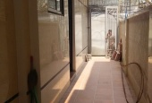 Bác tôi về hưu về quê sống muốn bán căn nhà phố Nguyễn Khả Trạc 32m2x5T LH: 0856524886