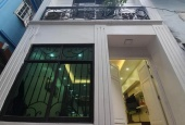Bán nhà gấp quận Thanh Xuân, 5 Tầng, Mặt tiền 6,5m, Mới xây