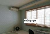 cần cho thuê lại căn hộ CentralGarden đường Võ Văn Kiệt, Quận 1.