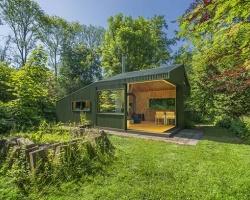 Ngôi nhà cabin ẩn mình vào môi trường xanh