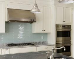 Những lỗi lau chùi làm giảm tuổi thọ đồ nội thất trong nhà