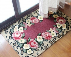 Dùng thảm chùi chân hóa giải phong thủy xấu của cửa chính