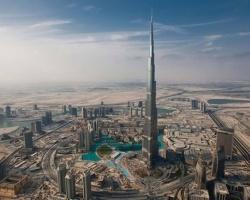 Tòa nhà cao nhất thế giới - Burj Khalifa đối mặt với nhiều rắc rối